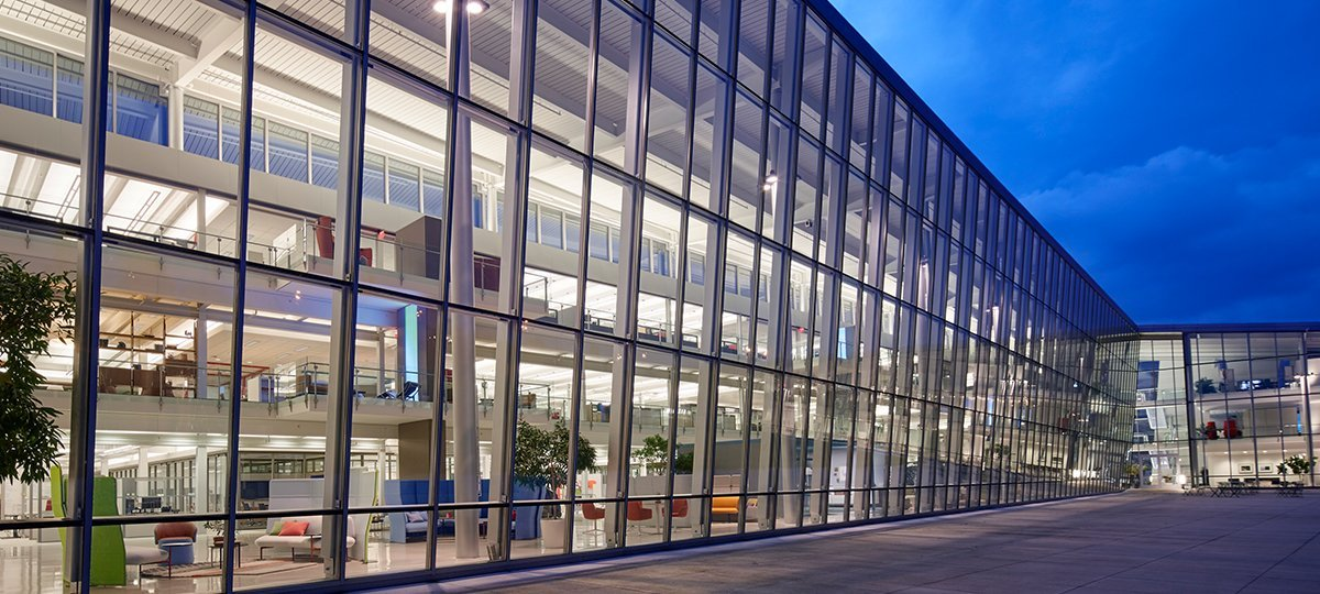 One Haworth Center exterior facade, demonstrating how the use of glass can provide daylight and views to the majority of the office within.