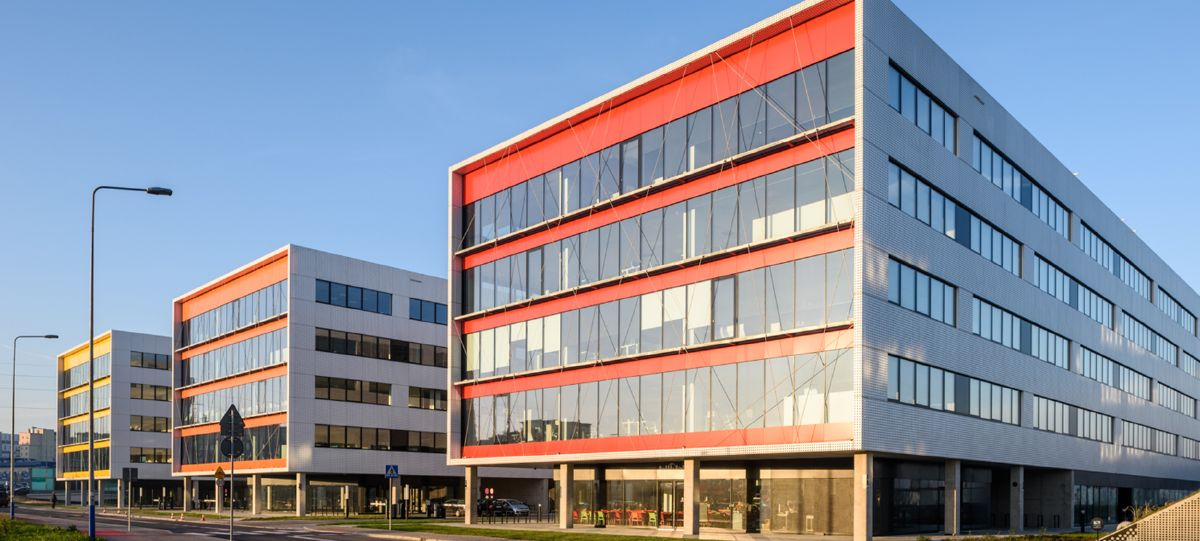 Shell's new Energy Campus occupies 22,000m2 across three buildings in the DOT office complex in Krakow.