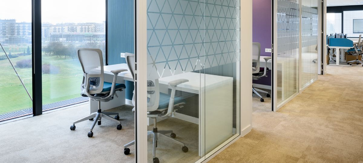 Both open and enclosed office spaces are furnished with Zody seating, offering individual ergonomic adjustment to ensure all employees are comfortable.