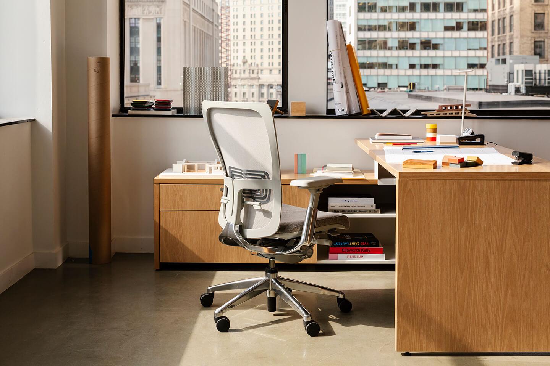 See Haworth's Zody Desk Chair | Haworth